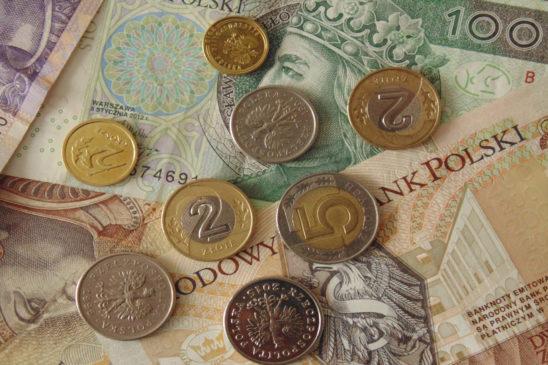 средняя зарплата в польше 2019